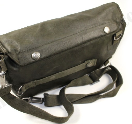 Swiss army gas mask bag used 003
