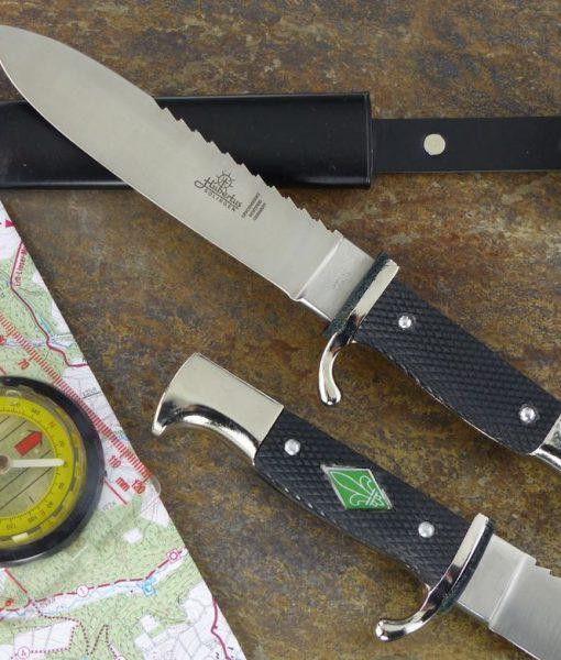 Hubertus Pathfinder Knife 5.3″ With Back Saw